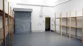 Small light industrial unit to rent in Bletchley, Milton Keynes